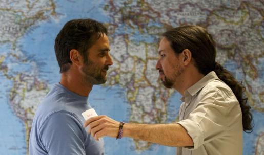 Herve Falciani y Pablo Iglesias durante un encuentro que han mantenido este martes.