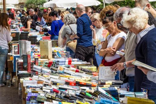 Día del libro en Vara de Rey.