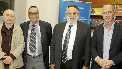 Lleonard Muntaner, Miquel Segura, Joseph Wallis y Antoni Pastor.