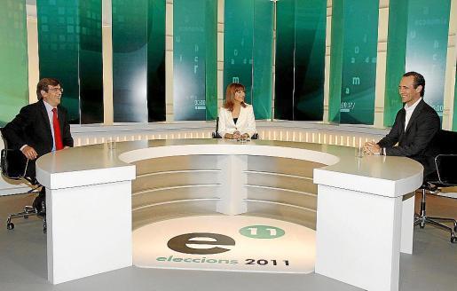 'Cara a cara' de mayo de 2011 entre el expresident Francesc Antich y el actual president del Govern, José Ramón Bauzá. La periodista Cristina Bugallo fue la encargada de moderar a los políticos.