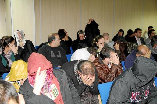 Panorámica de los acusados del 'caso Son Banya' que se celebró a principios de 2013.