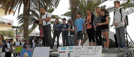 La Yincana se celebró por las calles de Santa Eulària y Vicent Marí entregó los premios.