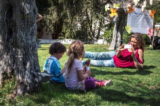 El agroturismo Atzaró continua con sus domingos más hippy-chic de la isla, una fiesta para todos los públicos con buena comida.