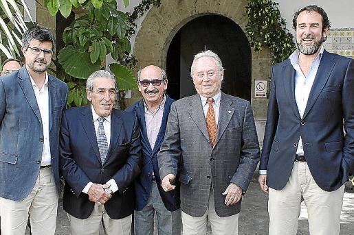 Llorenç Galmés, Pedro Iriondo, Nicolau Pomar, Ventura Catany y Rafael Garau.