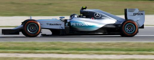El piloto del equipo Mercedes Nico Rosberg ha sido el más rápido en los entrenamientos libres en el circuito de Montmeló.