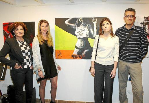 Francisca Llabrés, Laura Villarino, Erika Seguin y José Morillo.