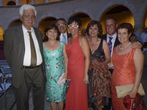 Miguel Buades, Cati Andreu, Antonio Rodríguez, Margalida Ramón, Catalina Pou, Pep Cañellas y Carmen Olivas.