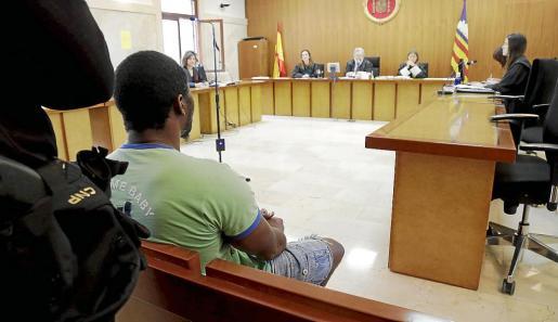 El acusado, Amadou Karim Disso, en la Audiencia Provincial de Palma.
