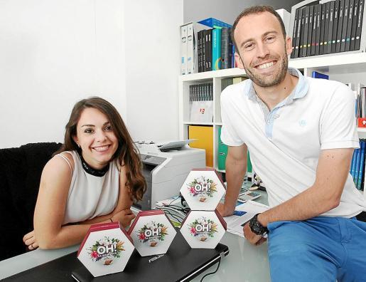 Francesca Barani y Esteban Jiménez, impulsores de Oh! La Auténtica, en su oficina de Eivissa.