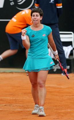 Carla Suárez celebra su pase a la final de Roma.