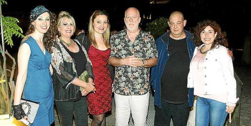 Alicia Jane Prado, Beatriz Barón, Caterina Ross, Martín Garrido, Miquel Pujadas y Margarita Vives.