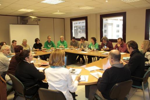 Imagen de una anterior reunión de la mesa sectorial de educación.