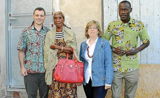 Martín Lago, responsable de Cáritas España; Madame Gaye Ross Bethio, presidenta de la asociación de mujeres de zonas rurales de Senegal; Margalida Maria Riutort, directora de Cáritas Mallorca; e Ismael Tendene, director de Cáritas Sant Louis.