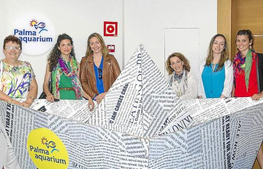 Francisca Mestre, Sandra Martín, Eva Lozano, Aura Rivero, Mª Cruz Elvira y Belén Gómez.