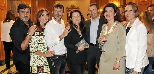 Carlos Chamarro, Susana Baldó, Miguel Ortiz, Antonia Torres, Toni Ferrer, Cristina Sales y Margarita Ortiz.
