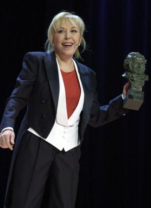 La Academia de Cine ha reconocido la carrera de la actriz Rosa María Sardá concediéndole la Medalla de Oro.