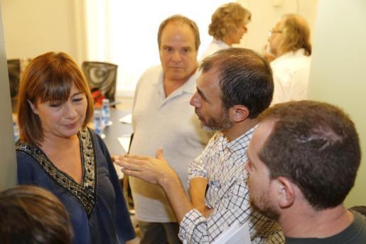 En primer término, Francina Armengol, Biel Barceló y David Abril.