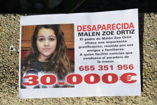 Cartel con información de la desaparecida Malén Ortiz.