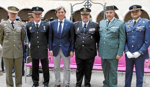 Fernando Aznar, Joan Miquel Mut, Mateo Isern, Antonio Jarabo, Jaime Barceló y Julio Ayuso.