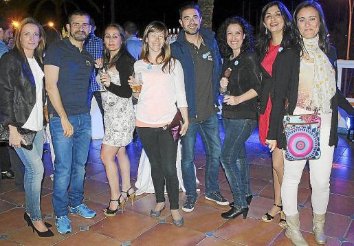 Dolores Castillero, Daniel Martínez, Ana Ribas, Cristina Siles, Álex Miró, Marina López, Lidia Pérez y Rosa Mª Mesa.