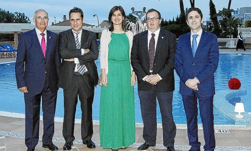 Juan Ribas, Alfredo Arias, Yolanda González, Miquel Roca y José Antonio Galdón.