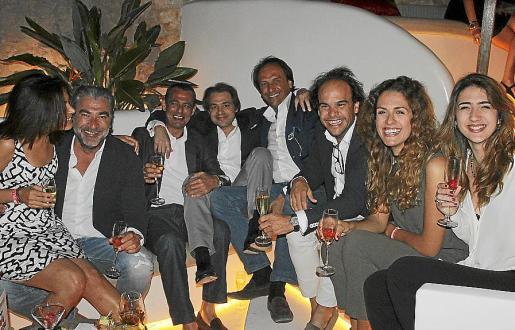 Laila de la Torre, Javier Borrás, Sandro Cristoforetti, Tomeu Buades, Mika Ferrer, Antonio García-Ruiz, María Rovira y Carlota Borrás.