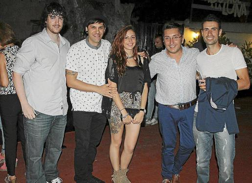 Iker Hernández, Javier Sánchez, Rosana Núñez, Carlos Durán y Christian Gómez.