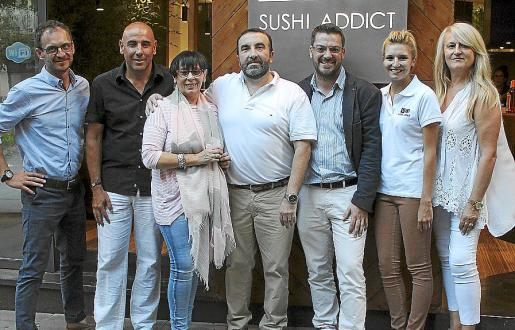 Pau Ordóñez, Vicenç Colomar, Maria Jesus Bonnin, Mateu Juan, Kike Borràs, Magdalena Pizá y Francisca Sampol.