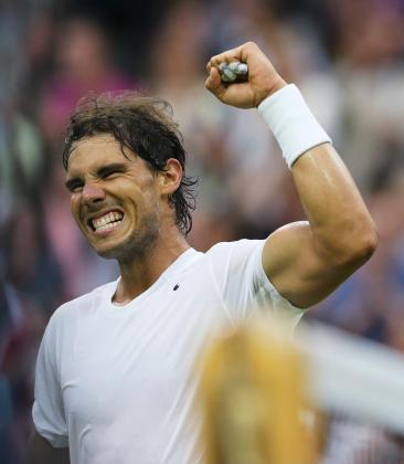 El tenista mallorquín celebra un triunfo el año pasado sobre la hierba londinense.