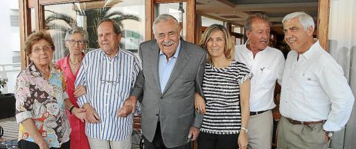 Margalida Magraner, Margalida Ribot, Pep Bauçà, Pere A. Serra, Margalida Pons, Toni Mesquida y Pep España.