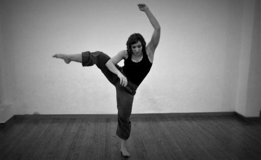 Imagen de una de las bailarinas.