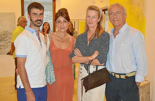 Sebastià Scala, Florianne Scala, Mo Henkel y John Leaf.