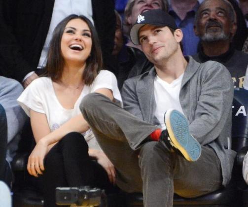 La actriz Mila Kunis y el actor Ashton Kutcher, que mantienen una relación desde 2012, contrajeron matrimonio este fin de semana, según varios medios de comunicación estadounidenses.