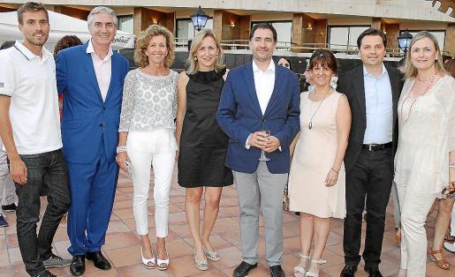 Miquel Isern, Martín Adrover, María José Barceló, Lluïsa Hernández, Xavier Bonet, Aurora García, Jesús Valls y Maite Hernández.