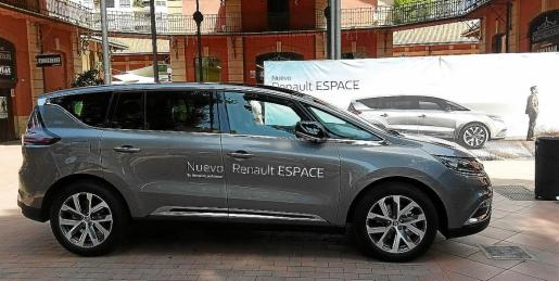 El nuevo Espace es una propuesta única en el mercado y se aleja de los segmentos más conocidos.