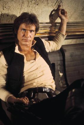 El actor Harrison Ford interpretando a Han Solo.