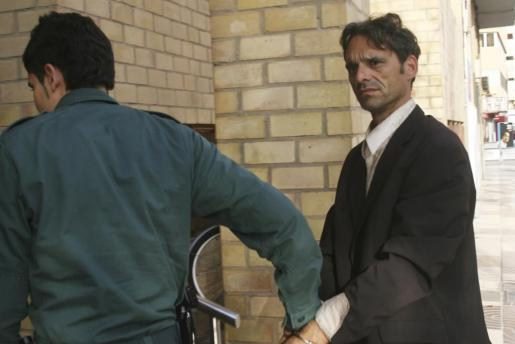 Cassella, en el año 2008 tras ser detenido por matar a Tino Reiner.