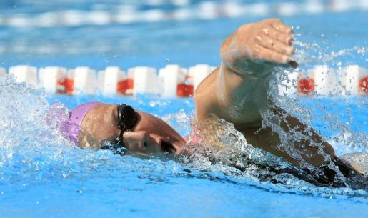 La nadadora mallorquina Melanie Costa Schmid, durante la final de los 800 metros libres femeninos del Campeonato de España de natación.