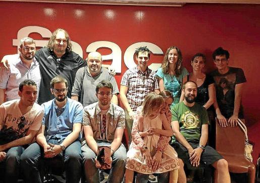 Los autores de la publicación, durante la presentación del libro en Madrid.