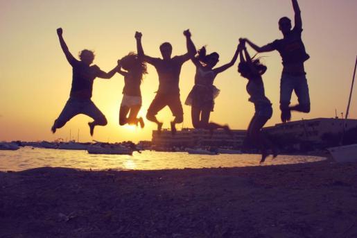 En la imagen, la puesta de sol que puede disfrutarse desde el hotel La Savina de Formentera.