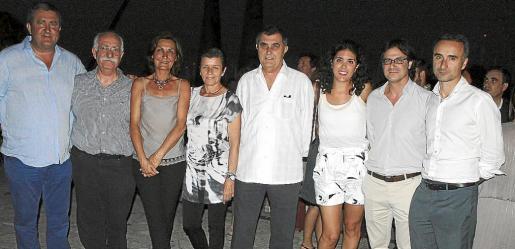 Ramón Servalls, Pep Lluís Munar, Tonina Bestard, Carmen Serra, Celestí Alomar, Carme Alomar, Fredi Mudoy y Pere Joan Pons.