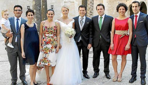 Toni Gili y Toni, Amanda Gomila, María Juez, Isa Juez y Tomeu Ramis, Damià Ramis, Coloma Gili y Manu Gómez.