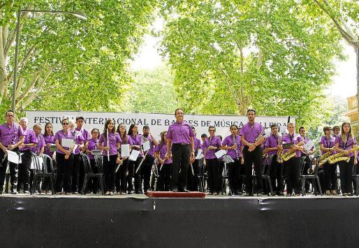 La Banda de Música de Manacor, en el escenario donde tocó en Lleida.