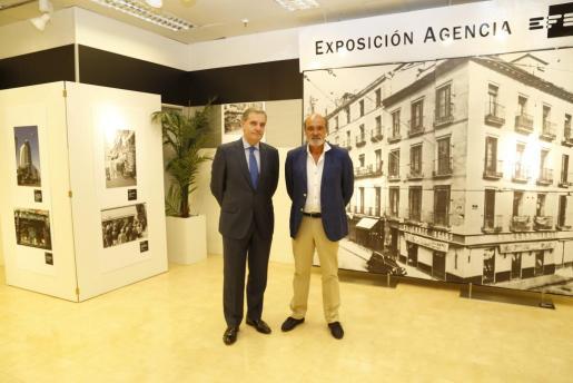 Inauguración de la exposición sobre el comercio en El Corte Inglés.