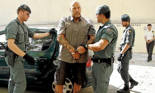 Hanebuth, en los juzgados de Via Alemania tras ser detenido en la operación policial.