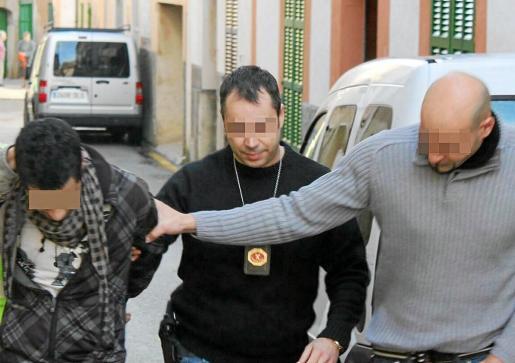 La Guardia Civil ha vuelto a detener a un menor, que ha ingresado en un centro especial.