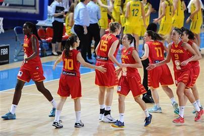Las jugadoras españolas en un momento del partido ante Australia.