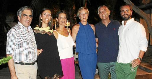 Toni Planas, Eugenia Garcías, Carmen Garcías, Marga Ferrer, Pepe de España y Pau Camarassa.