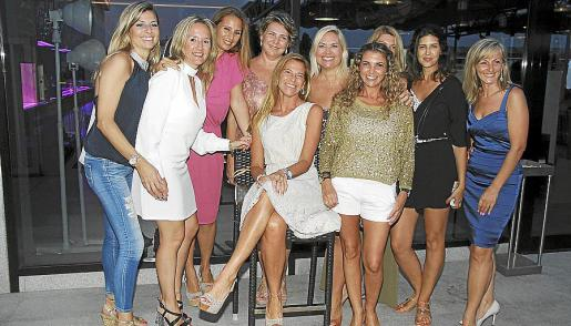 Cristina Mas, Pilar Serrano, Susana Schacovelli, Ana Cartana, Juana Mari Coll, Kettilyn Magnusson, Stella Saurina, Regina García-Galán, Isabel Molina y Maria Rosa Cortés.