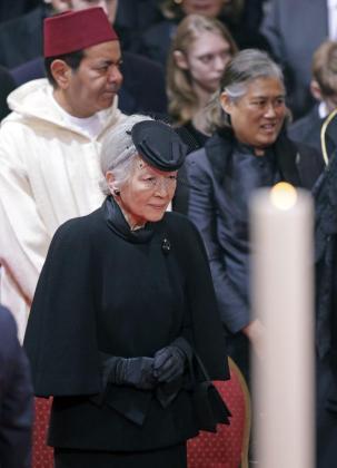 La emperatriz Michiko de Japón, durante el funeral de la reina Fabiola de Bélgica.